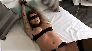 Gefickt porn gefesselt Gefesselt gefickt